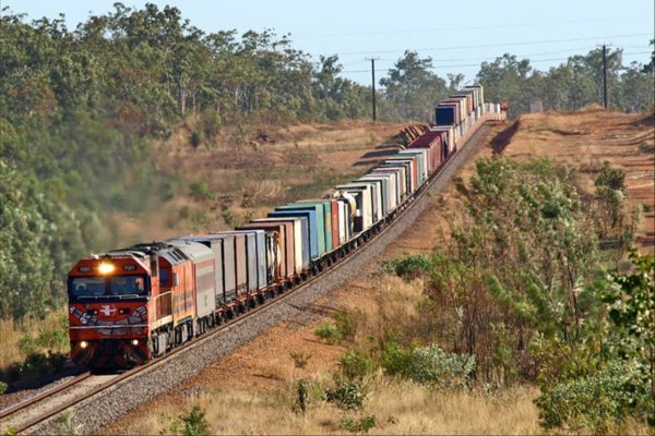 low_carbon_freight_cargo_train-1